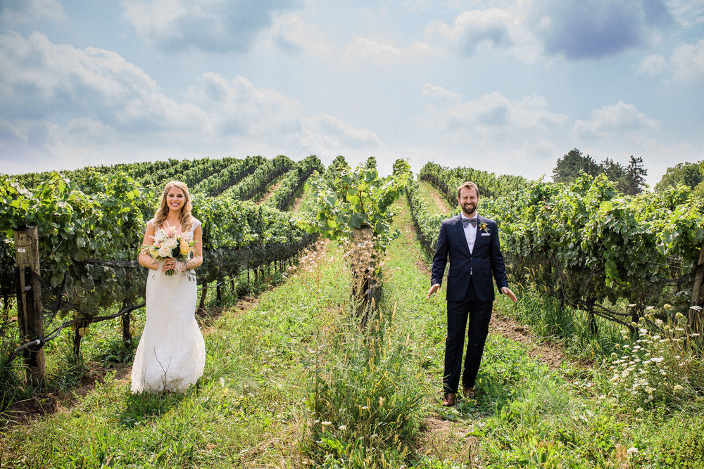 Ravine-Vineyard-Niagara-on-the-Lake-Wedding-photography-by-Danijela-Pruginic-002.JPG