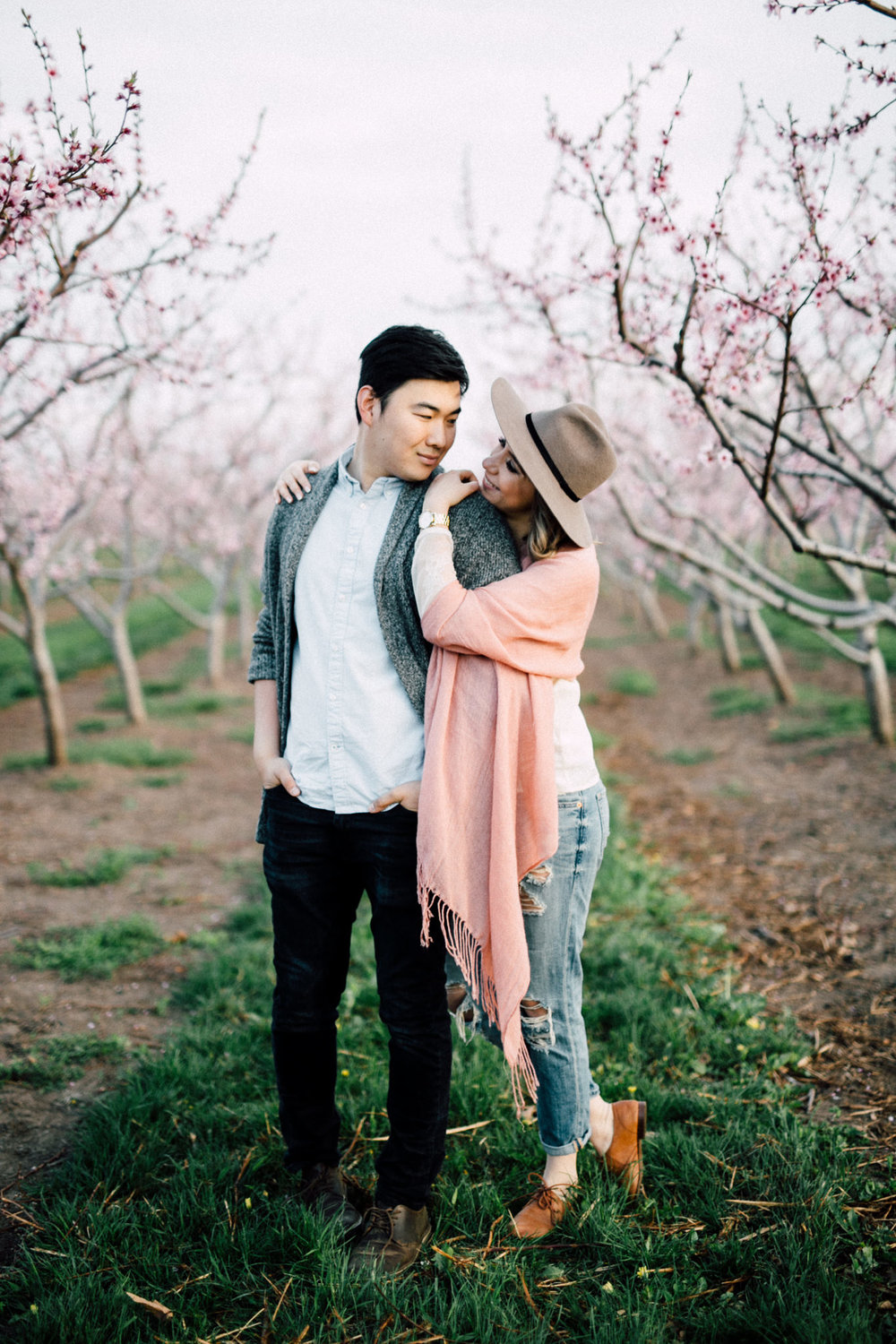 Niagara-Portrait-Session-Niagara-On-The-Lake-Cherry-Blossoms-photography-by-Simply-Lace-Photography-015.JPG