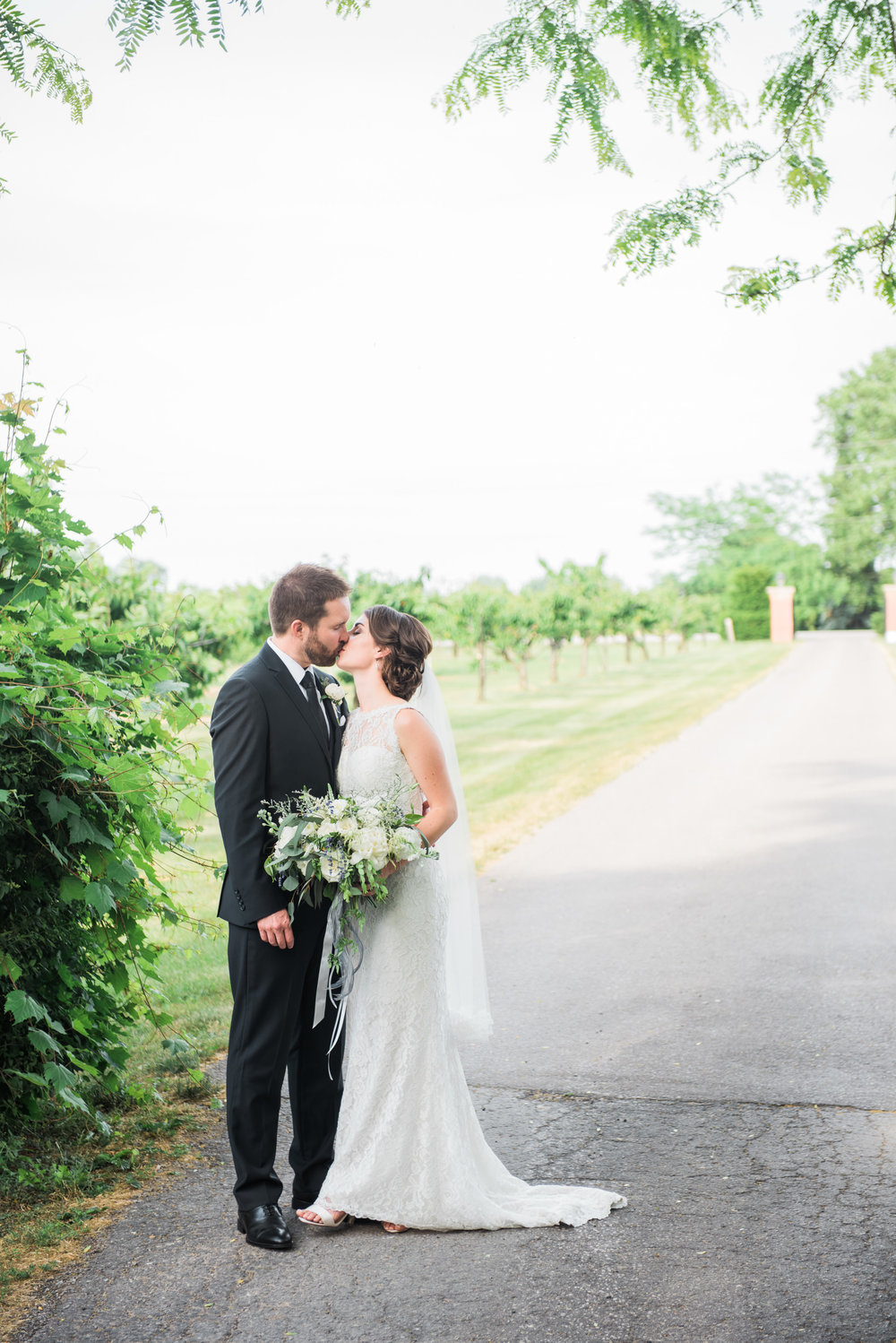 Niagara-Weddings-Honsberger-Estate-photography-by-Love-Always-Photography-038.JPG