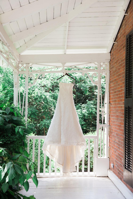 Niagara-Weddings-Gracewood-Estate-Kurtz-Orcahrds-photography-by-Gemini-Photography-001.JPG