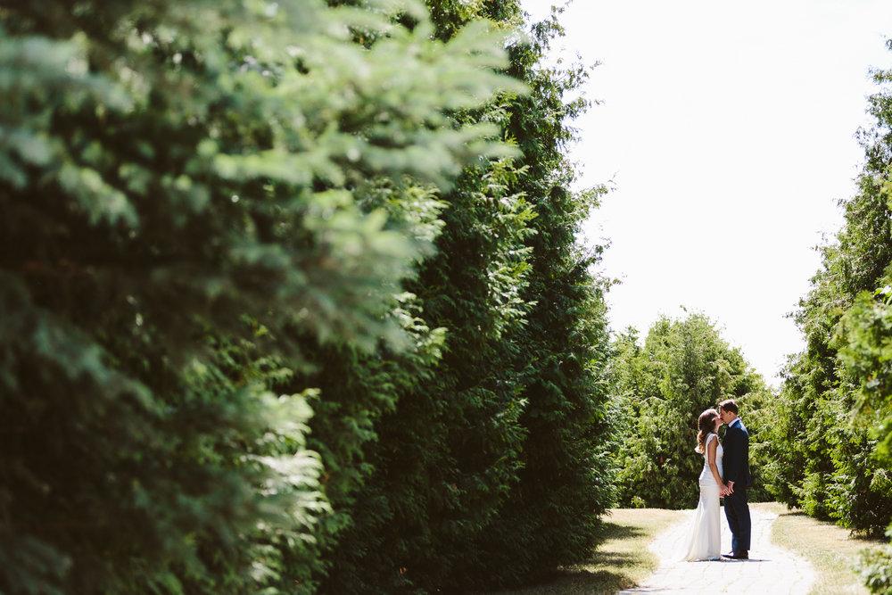 Kurtz Orchard wedding - A Brit & A Blonde-15.jpg