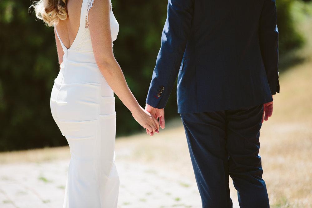 Kurtz Orchard wedding - A Brit & A Blonde-17.jpg