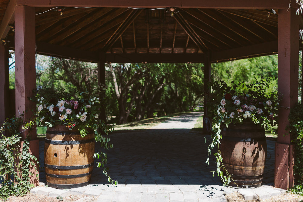 Kurtz Orchard wedding - A Brit & A Blonde-22.jpg