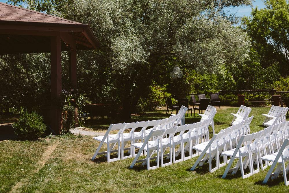Kurtz Orchard wedding - A Brit & A Blonde-24.jpg