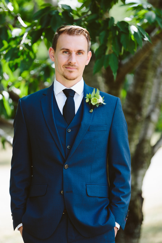 Kurtz Orchard wedding - A Brit & A Blonde-44.jpg