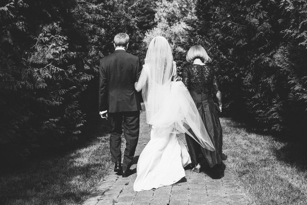 Kurtz Orchard wedding - A Brit & A Blonde-48.jpg