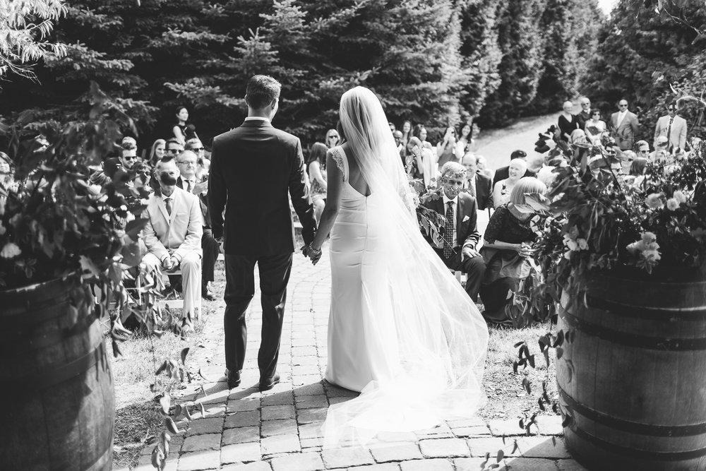 Kurtz Orchard wedding - A Brit & A Blonde-71.jpg