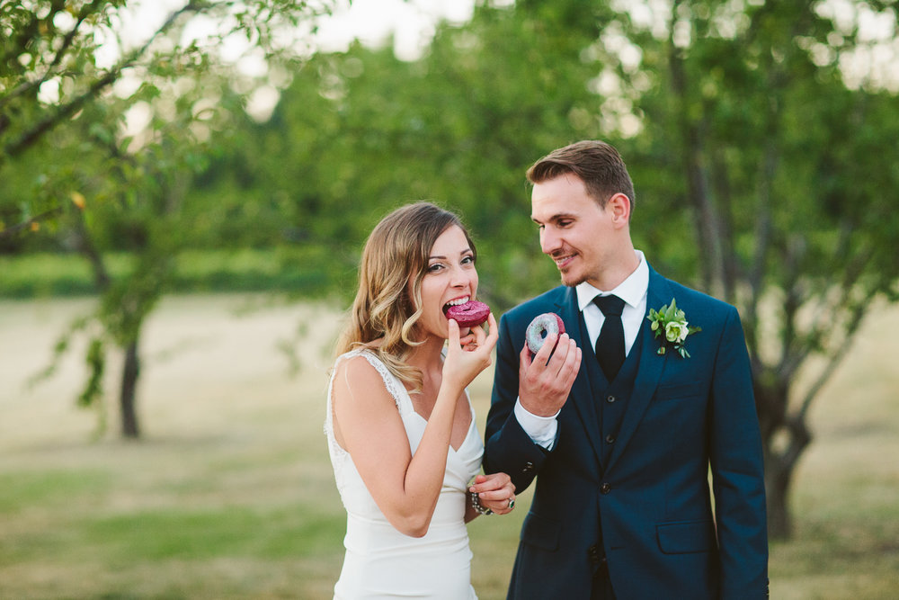 Kurtz Orchard wedding - A Brit & A Blonde-192.jpg