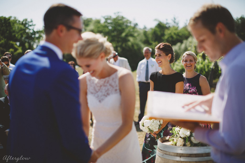 048-smiles-and-laughter-during-this-outdoor-wedding-ceremony.jpg