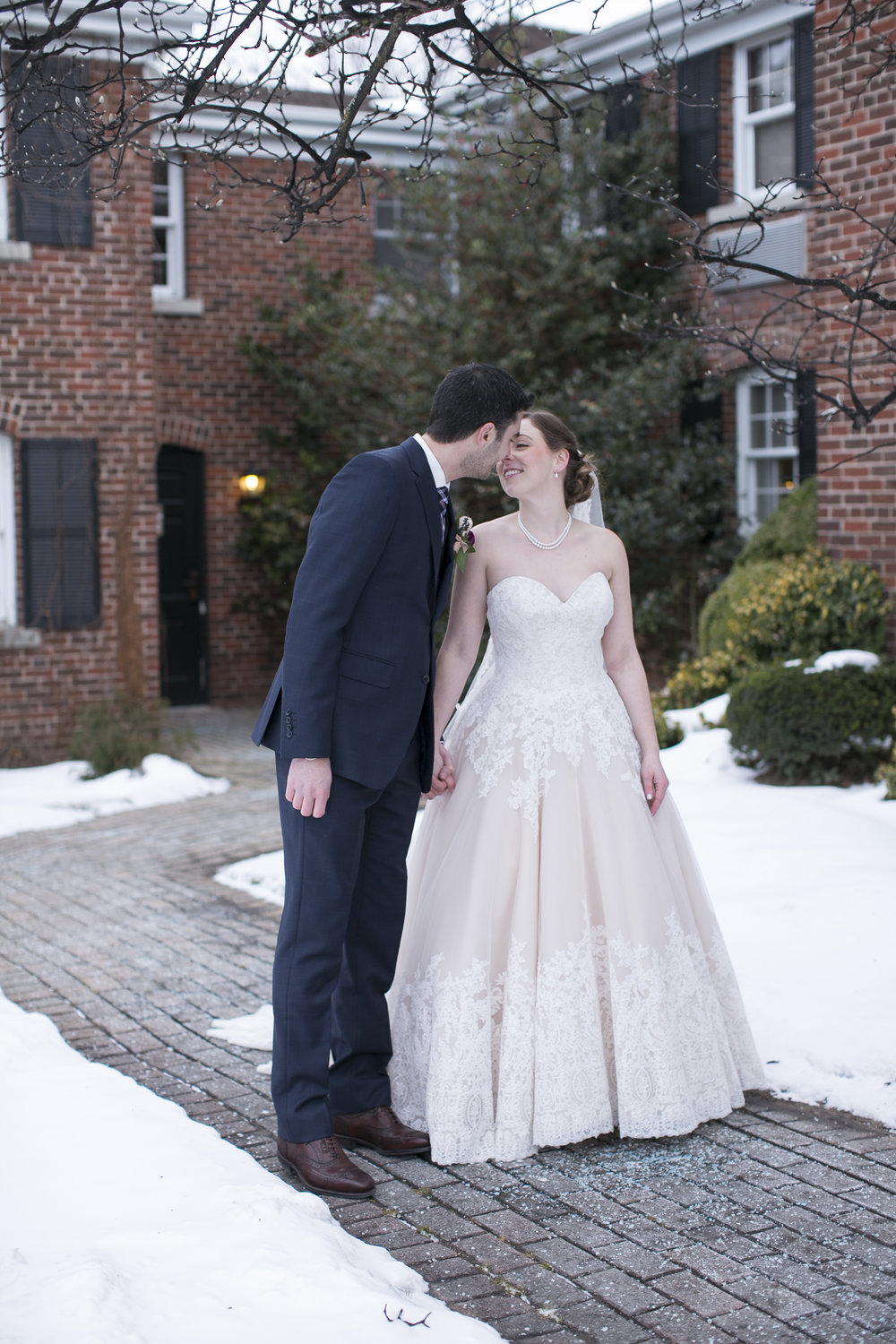 Niagara-Wedding-Photographers-Pillar-and-Post-Wedding-Niagara-on-the-Lake-Winter-Wedding-photography-by-Eva-Derrick-Photography-033.JPG