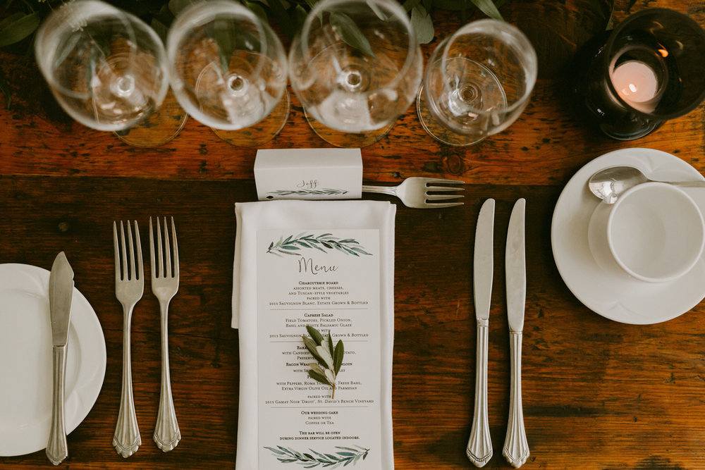 vineyard-bride-niagara-wedding-chateau-des-charmes-vineyard-wedding-harvest-tables-tent-swish-list034.jpg