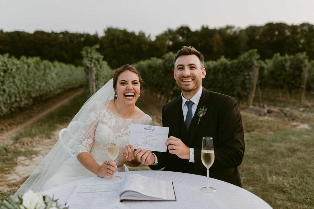 vineyard-bride-niagara-wedding-chateau-des-charmes-vineyard-wedding-harvest-tables-tent-swish-list048.jpg