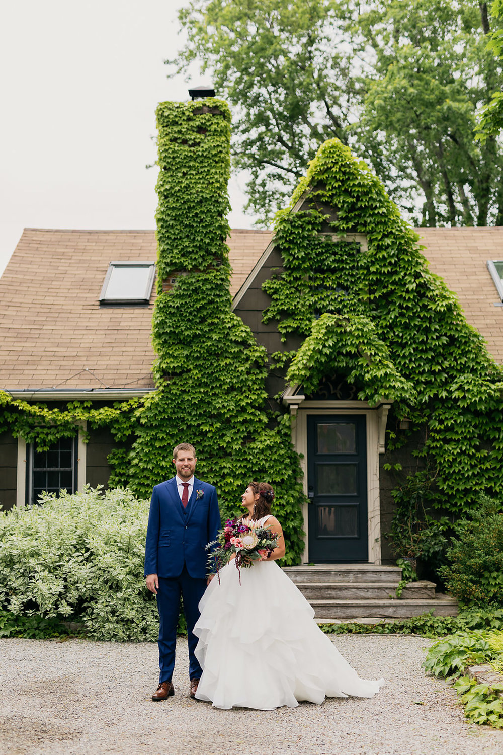 Kurtz-Orchards-Wedding-Niagara-wedding-Vineyard-Bride-Photography-by-Kayla-Rocca-007.JPG