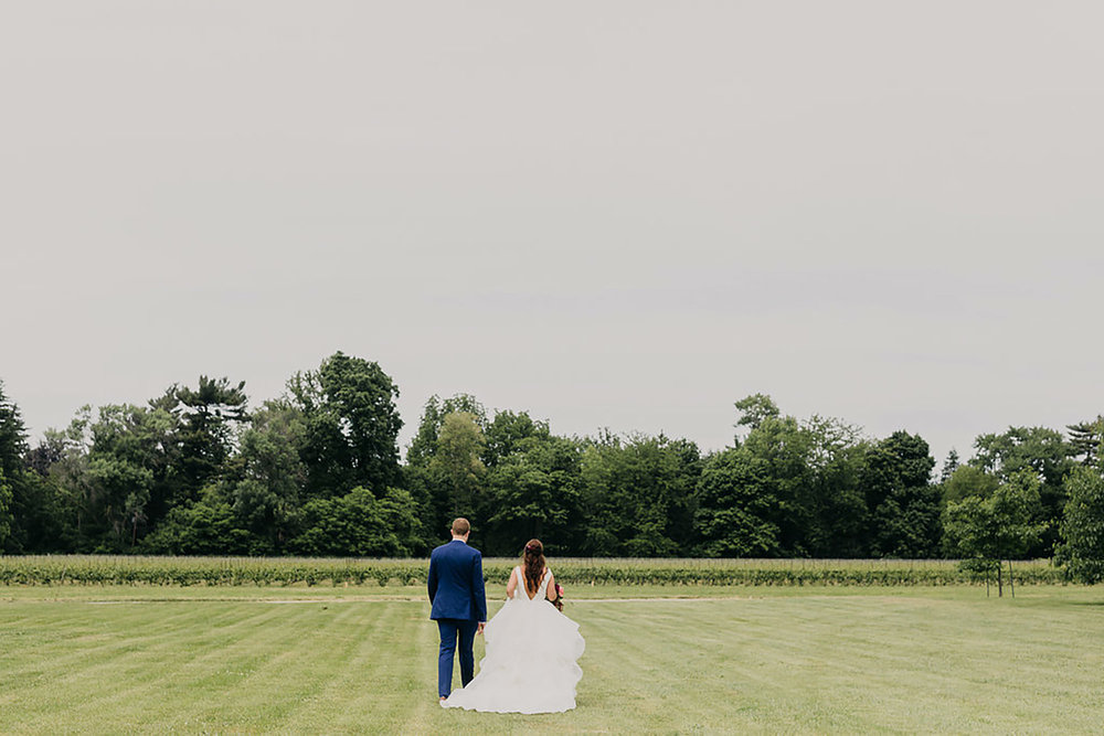 Kurtz-Orchards-Wedding-Niagara-wedding-Vineyard-Bride-Photography-by-Kayla-Rocca-010.JPG