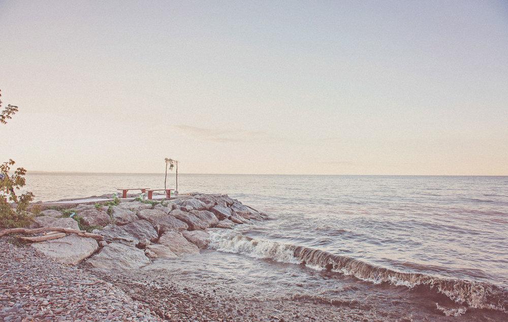 Grimbsy-Beach-Editorial-Vineyard-Bride-photo-by-Destiny-Dawn-Photography-023.JPG