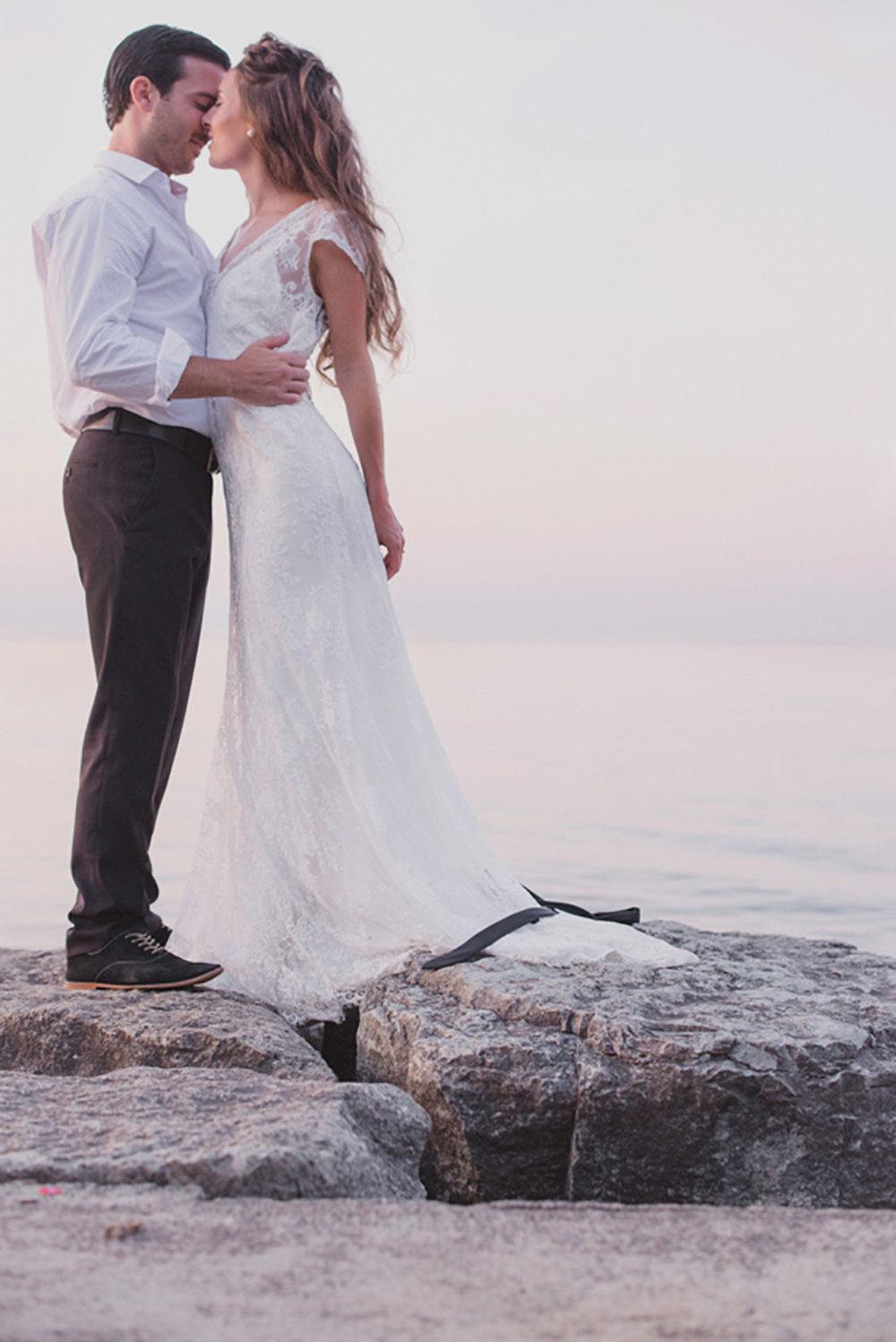 Grimbsy-Beach-Editorial-Vineyard-Bride-photo-by-Destiny-Dawn-Photography-026.JPG