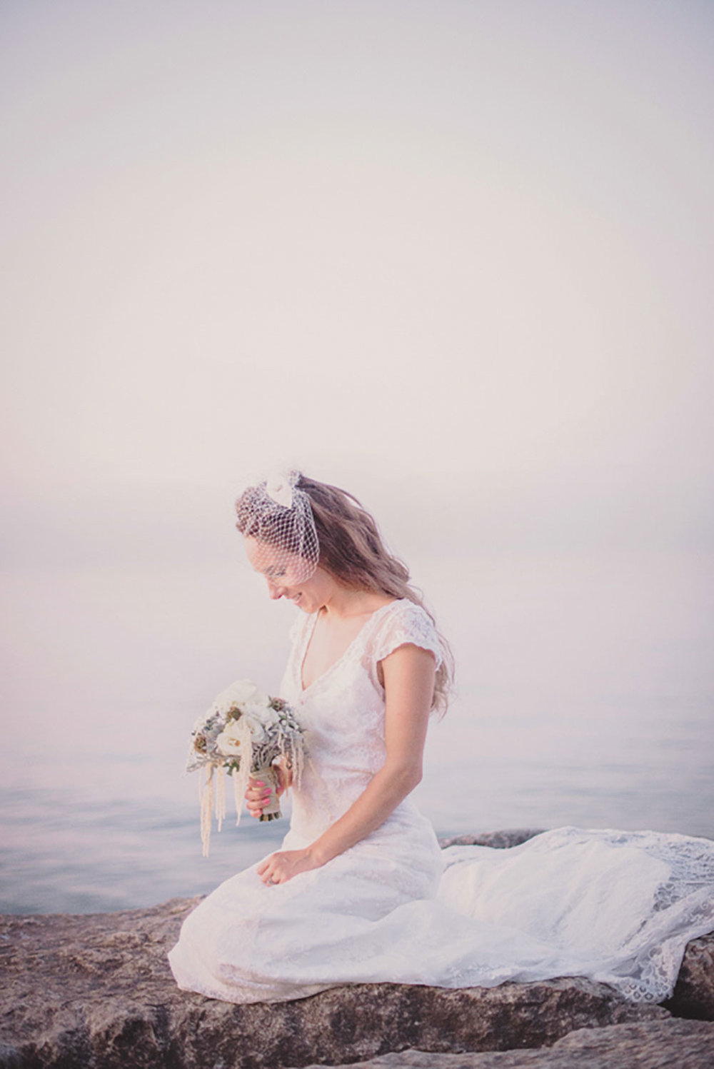Grimbsy-Beach-Editorial-Vineyard-Bride-photo-by-Destiny-Dawn-Photography-028.JPG