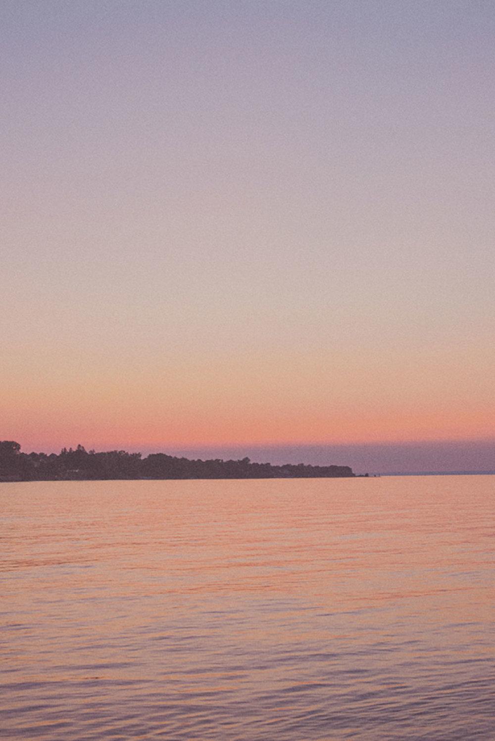 Grimbsy-Beach-Editorial-Vineyard-Bride-photo-by-Destiny-Dawn-Photography-045.JPG