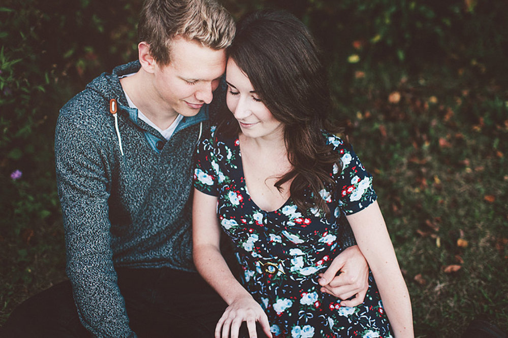 Waterfront-Gibson-Lake-Engagement-Vineyard-Bride-Photo-By-Reed-Photography-010.jpg