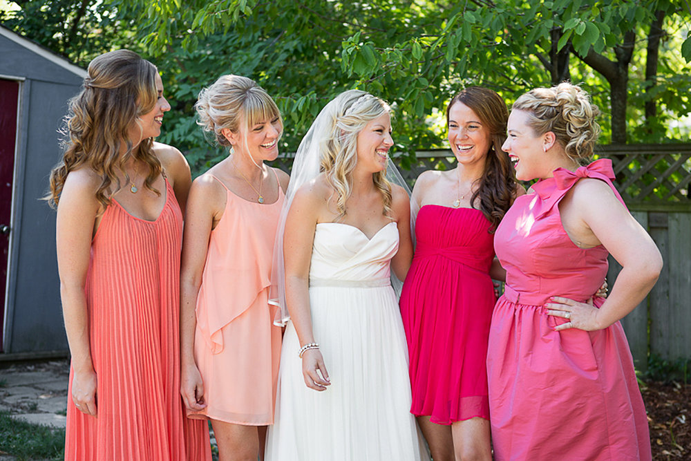Ravine-Vineyard-Wedding-Vineyard-Bride-Photo-By-Andrew-Mark-Photography-008.jpg
