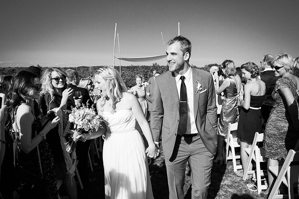 Ravine-Vineyard-Wedding-Vineyard-Bride-Photo-By-Andrew-Mark-Photography-019.jpg