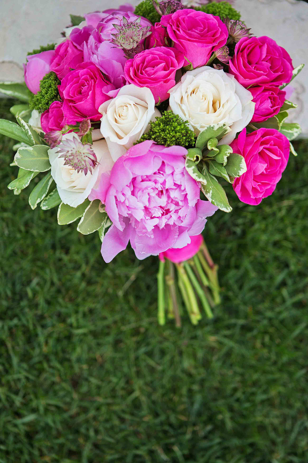 Wine-Country-Floral-Wedding-Florals-Vineyard-Bride-Photo-By-Jessica-Little-Photography-013.jpg