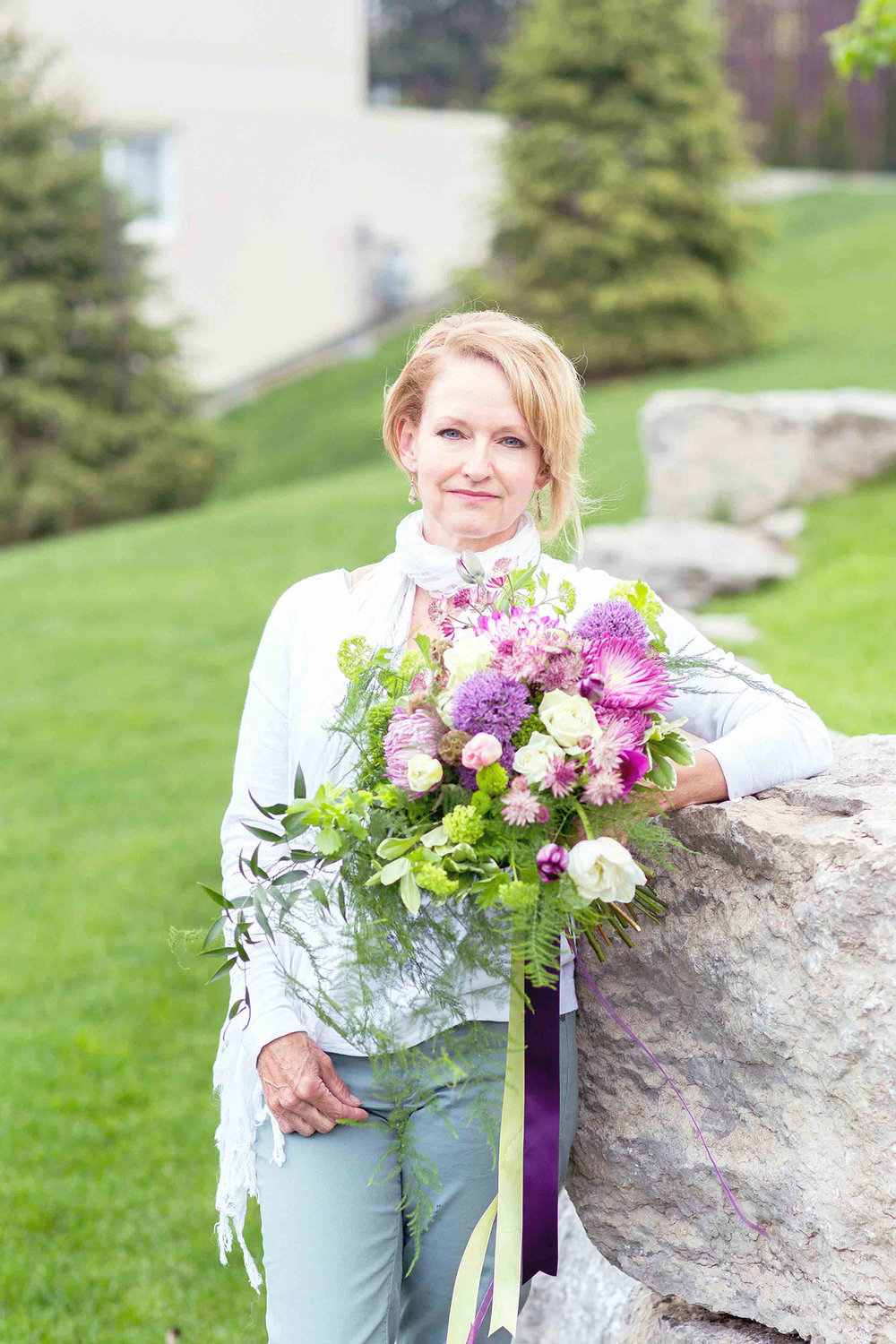 Wine-Country-Floral-Wedding-Florals-Vineyard-Bride-Photo-By-Jessica-Little-Photography-017.jpg