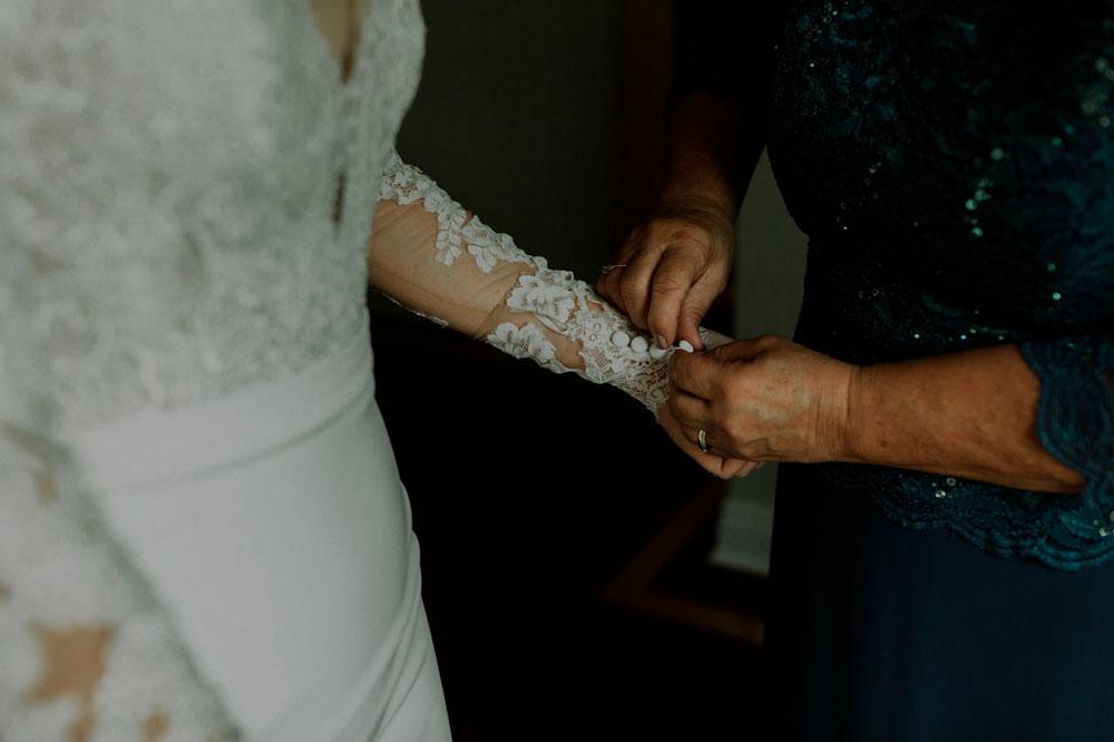 13th-street-winery-wedding-Vineyard-Bride-photo-by-Ally-Nicholas-003.jpg