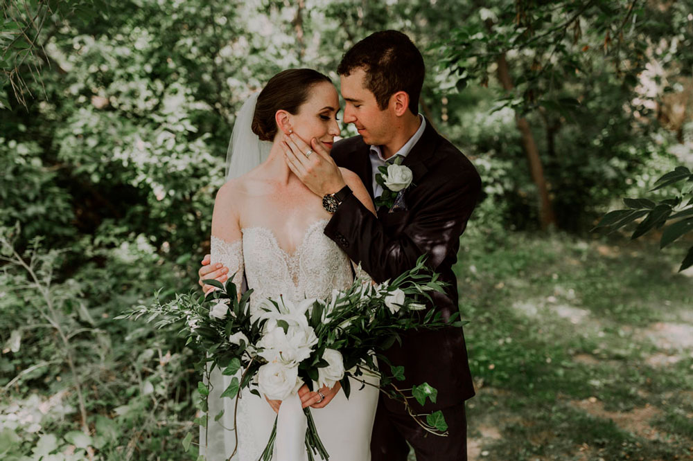 13th-street-winery-wedding-Vineyard-Bride-photo-by-Ally-Nicholas-017.jpg
