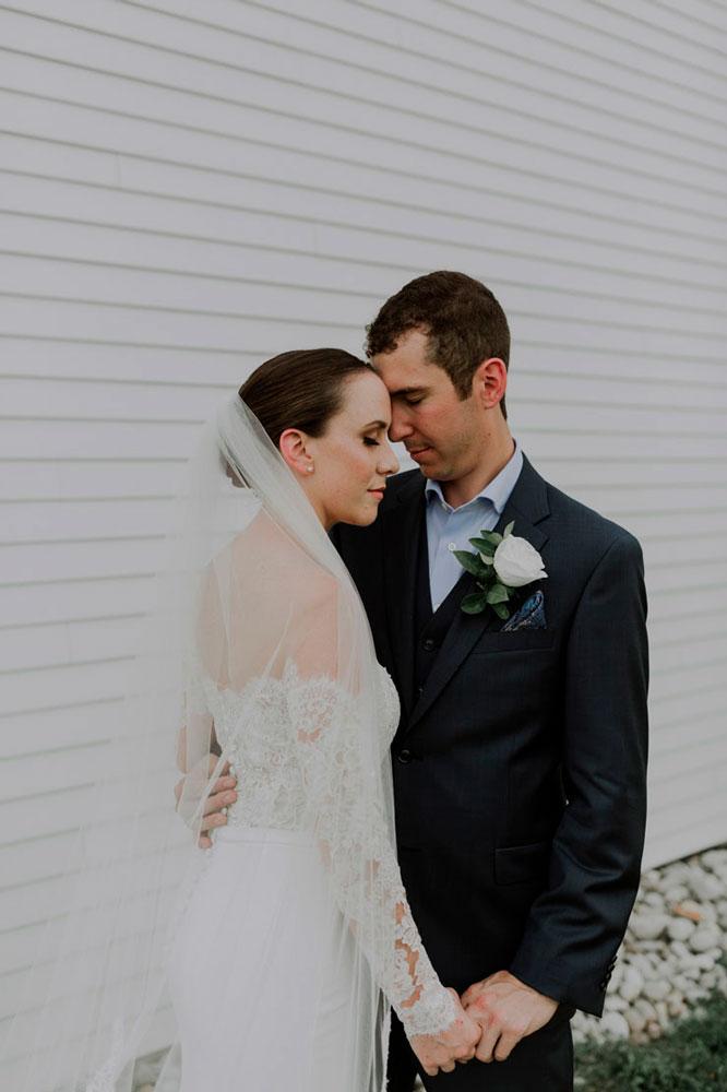 13th-street-winery-wedding-Vineyard-Bride-photo-by-Ally-Nicholas-021.jpg