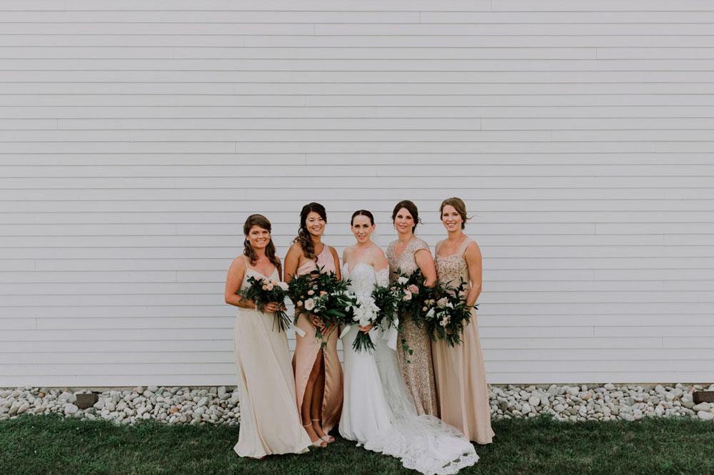 13th-street-winery-wedding-Vineyard-Bride-photo-by-Ally-Nicholas-026.jpg