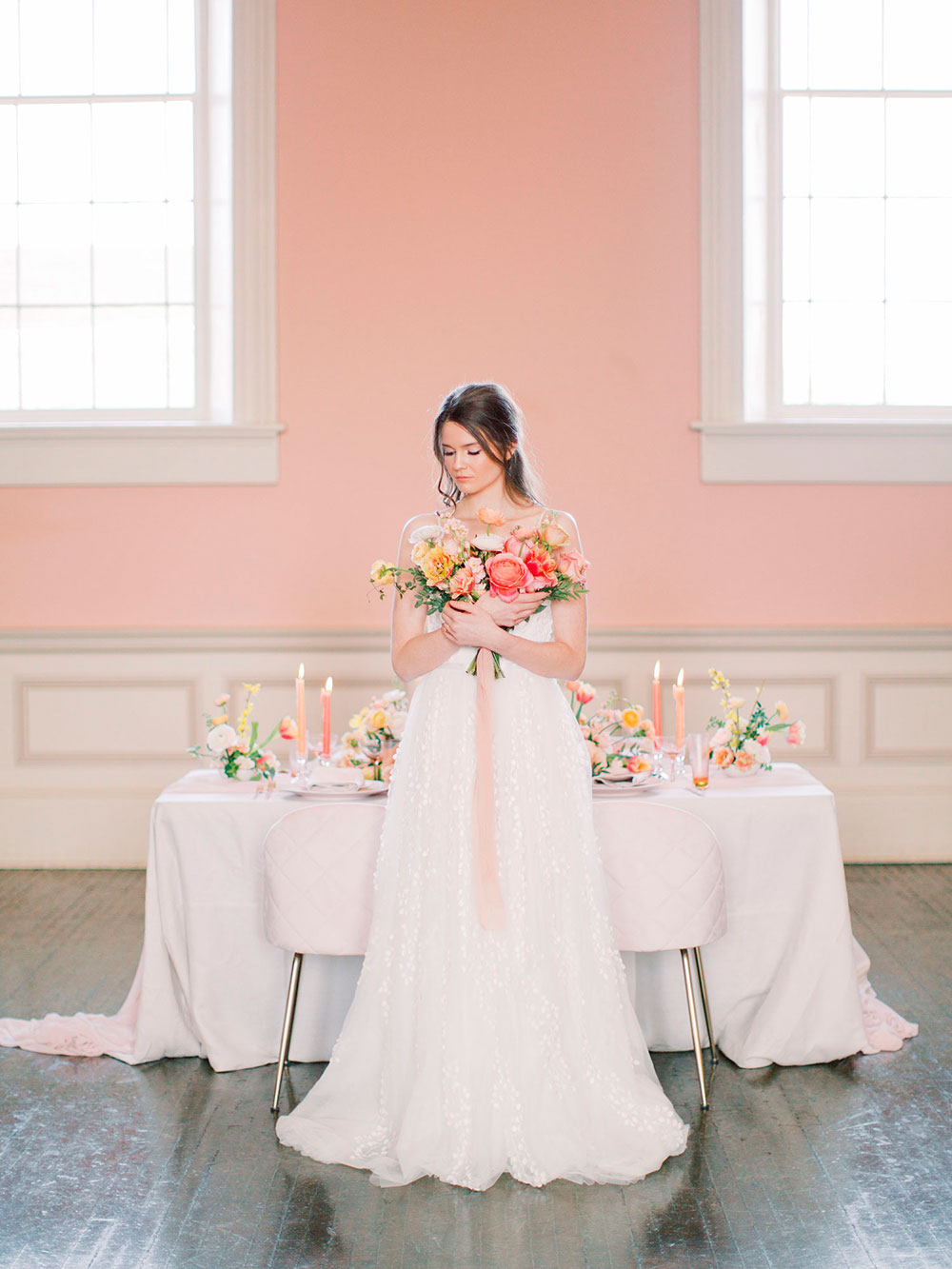 Niagara-on-the-Lake-Courthouse-Vineyard-Bride-Editorial-photo-by-Jessica-Imrie-Photography-019.jpg