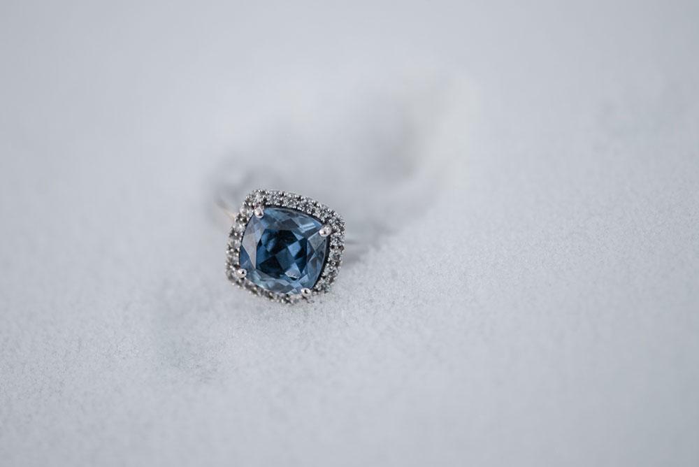Balls-Falls-Niagara-engagement-session-Vineyard-Bride-Photography-by-Love-Always-Photography-009.jpg