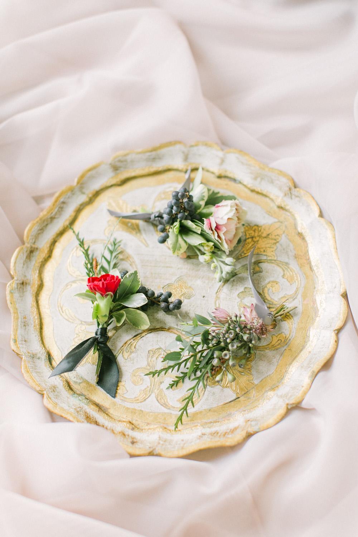 KJ-and-Co-Wedding-Planner-Vineyard-Bride-Photography-by-Elizabeth-in-Love-015.jpg