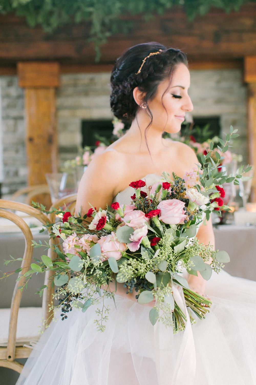 KJ-and-Co-Wedding-Planner-Vineyard-Bride-Photography-by-Elizabeth-in-Love-038.jpg