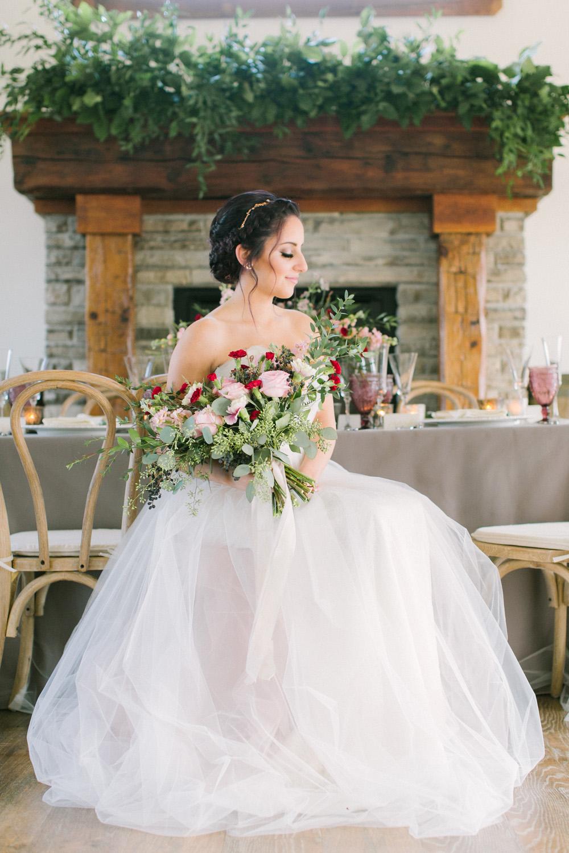 KJ-and-Co-Wedding-Planner-Vineyard-Bride-Photography-by-Elizabeth-in-Love-039.jpg
