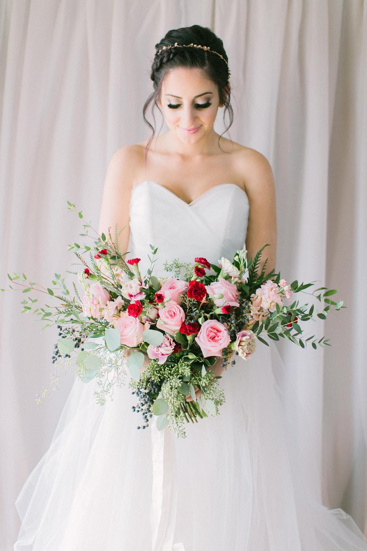 KJ-and-Co-Wedding-Planner-Vineyard-Bride-Photography-by-Elizabeth-in-Love-046.jpg
