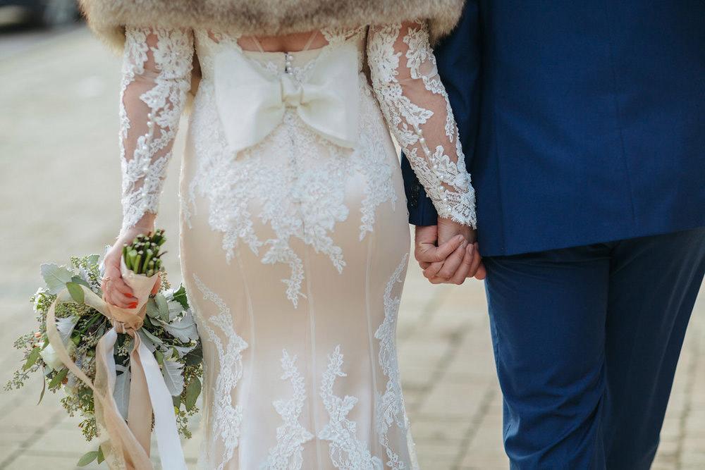 Winter-Wedding-Ridley-College-Stone-Mill-Inn-Vineyard-Bride-Photography-by-Joel-Hannigan-Photography-031.jpg