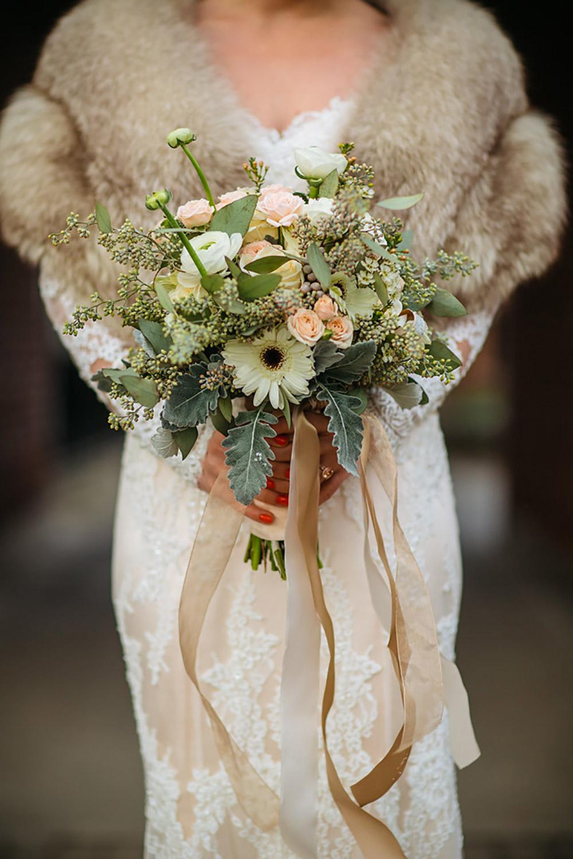 Winter-Wedding-Ridley-College-Stone-Mill-Inn-Vineyard-Bride-Photography-by-Joel-Hannigan-Photography-027.jpg