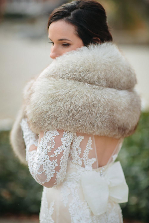 Winter-Wedding-Ridley-College-Stone-Mill-Inn-Vineyard-Bride-Photography-by-Joel-Hannigan-Photography-030.jpg