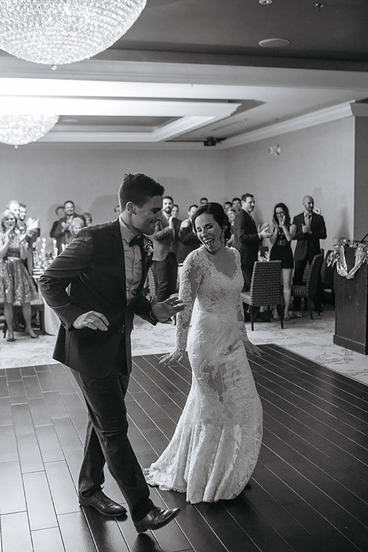 Winter-Wedding-Ridley-College-Stone-Mill-Inn-Vineyard-Bride-Photography-by-Joel-Hannigan-Photography-045.jpg