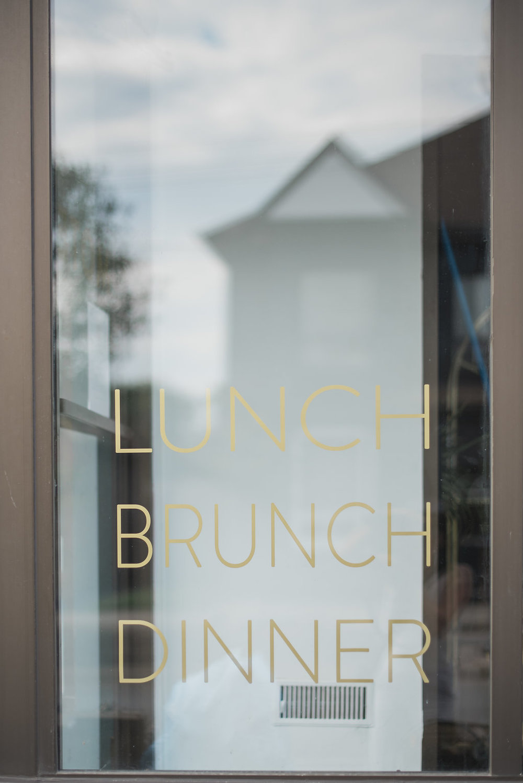 Motel-Restaurant-Editorial-Vineyard-Bride-photo-by-Blynda-DaCosta-Photography-004.JPG