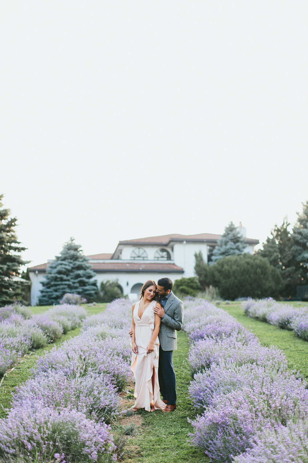 vineyard-bride-guide-engagement-session-planning-series-swish-list-vendor-niagara-toronto003.jpg