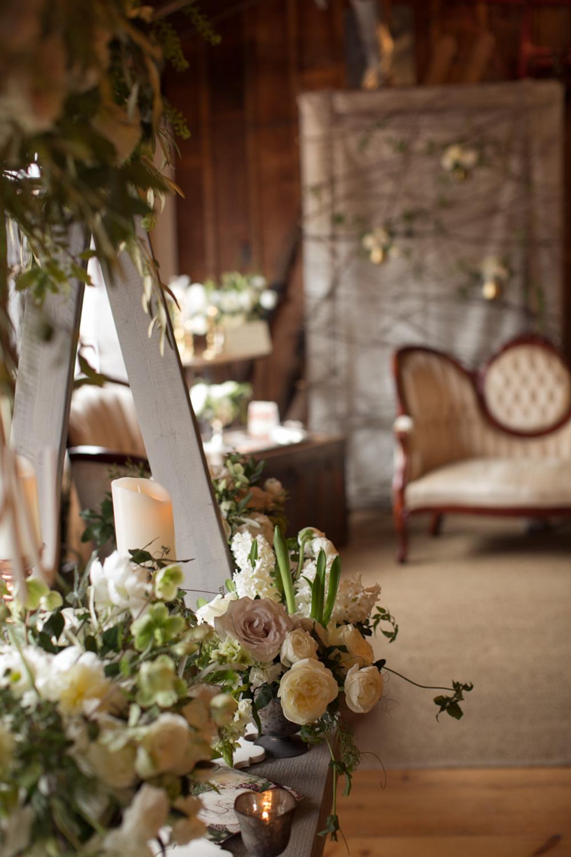 vineyard-bride-the-first-look-wedding-show-anniversary-niagara-toronto012.jpg