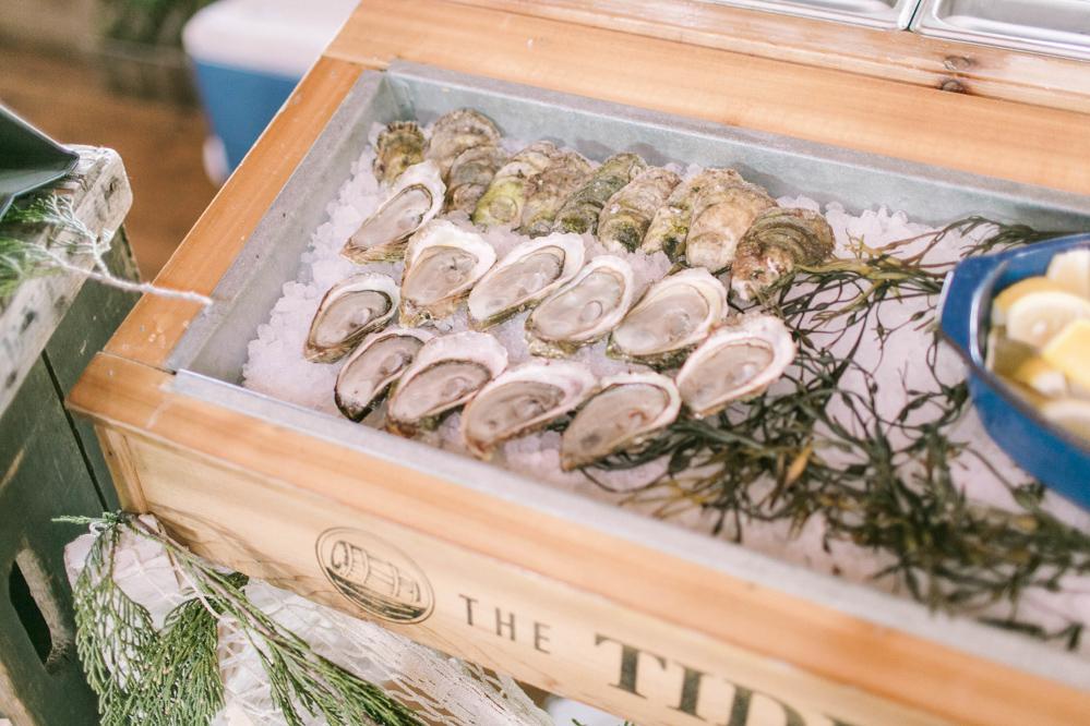 vineyard-bride-the-first-look-wedding-show-anniversary-niagara-toronto021.jpg