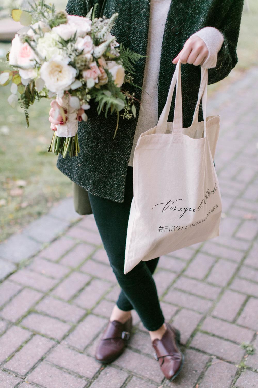 vineyard-bride-the-first-look-wedding-show-anniversary-niagara-toronto026.jpg