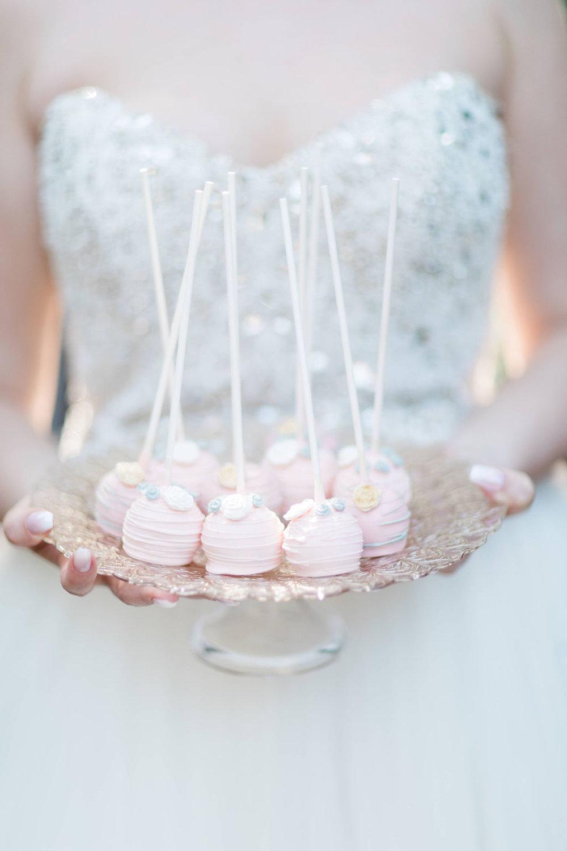 Kurtz-Orchards-Niagara-on-the-Lake-Styled-Wedding-Session-Shotlife-Studio-Calderone-Co-Luxury-Events-Vineyard-Bride-30.JPG