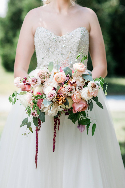 Kurtz-Orchards-Niagara-on-the-Lake-Styled-Wedding-Session-Shotlife-Studio-Calderone-Co-Luxury-Events-Vineyard-Bride-36.JPG