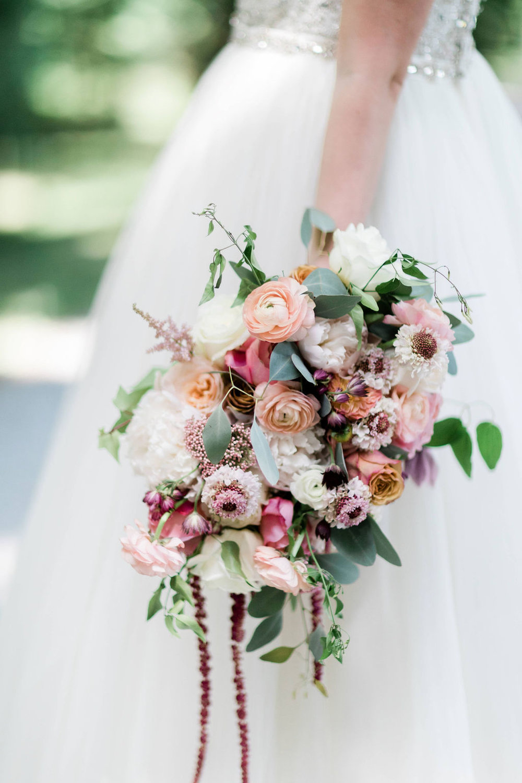 Kurtz-Orchards-Niagara-on-the-Lake-Styled-Wedding-Session-Shotlife-Studio-Calderone-Co-Luxury-Events-Vineyard-Bride-37.JPG