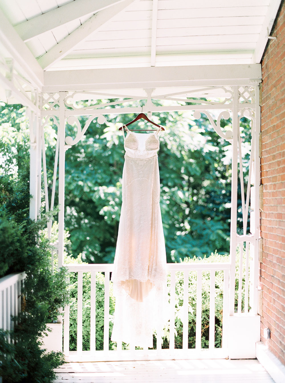 kurtz-orchards-wedding-gracewood-estate-niagara-on-the-lake-photo-by-katie-nicolle-photography-0001.JPG